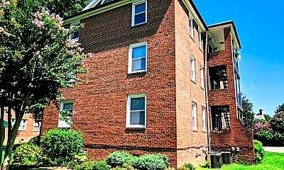 Building, 2700 Kensington Ave, 1