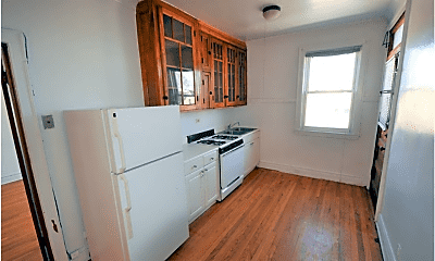 Kitchen, 4830 W Addison St, 2