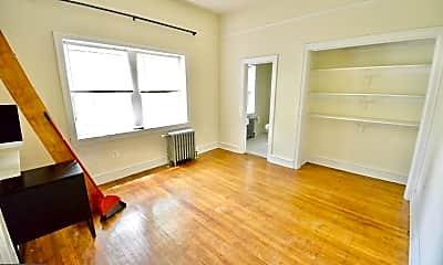 Living Room, 251 W Rittenhouse St 105, 0