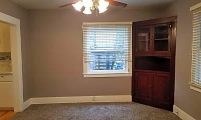 Bedroom, 528 N Encina St, 1