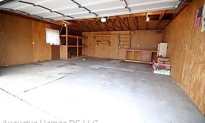 Building, 35065 Fairchild St, 2