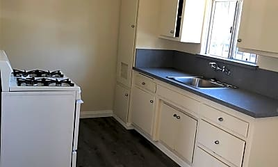 Kitchen, 1533 N Alexandria Ave 1, 1