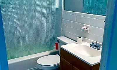 Bathroom, 3117 Montana Ave, 2