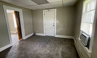 Bedroom, 518 E 6th St, 2