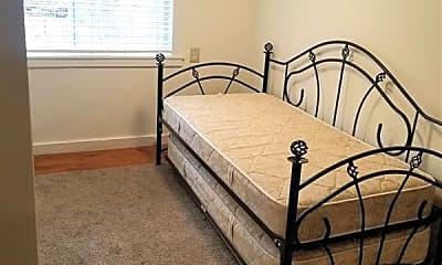 Bedroom, 204 N Charles St, 2