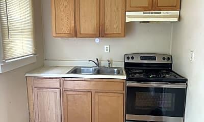 Kitchen, 3017 Illinois Ave, 2