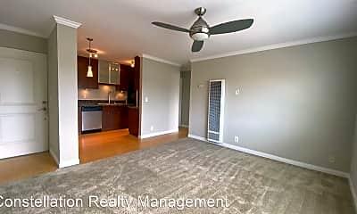 Living Room, 337 W University Ave, 1