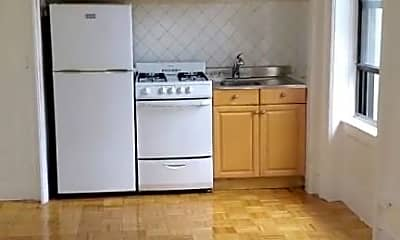 Kitchen, 125 Central Park N, 0