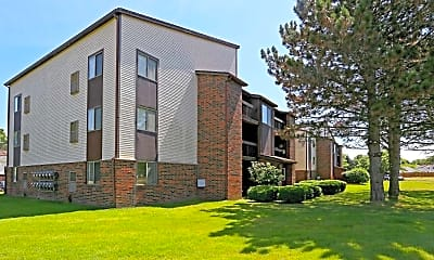 Building, The View Apartments & Townhomes, 1