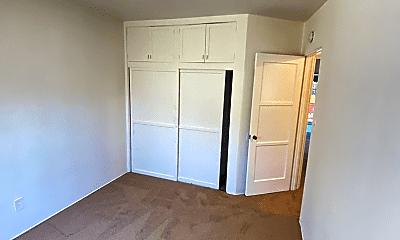 Bedroom, 2502 30th St, 2