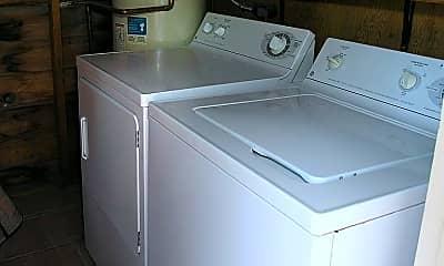 Kitchen, 2422 E 4th St, 2