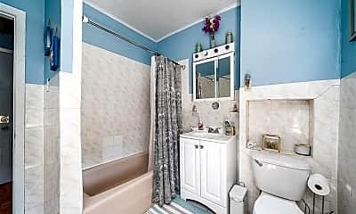 Bathroom, 62 Greenville Ave 2, 2