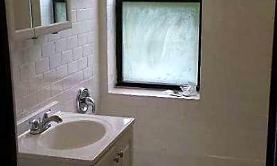 Bathroom, 1942 W Wilson Ave, 2