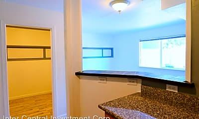 Living Room, 13954 SE 173rd Pl, 2