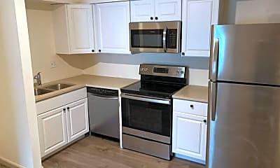 Kitchen, 21 University Dr, 0
