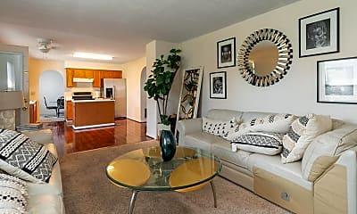 Living Room, 212 Strathsprey Dr, 1