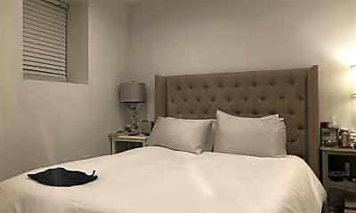 Bedroom, 120 19th St 1, 1