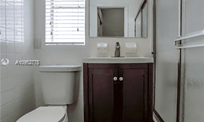Bathroom, 850 Euclid Ave, 2