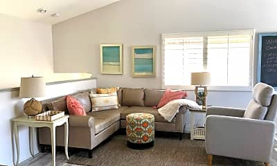 Living Room, 223 Chandon, 0