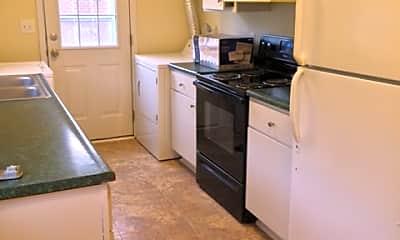 Kitchen, 1902 Emmet St N, 1