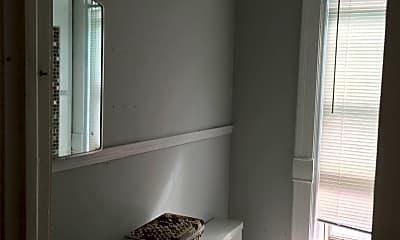 Bathroom, 442 Fountain St NE, 2