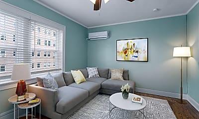 Living Room, 4545 Main St, 0