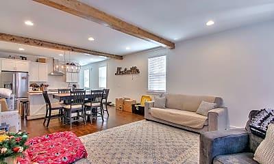 Living Room, 630 Waco Dr, 1