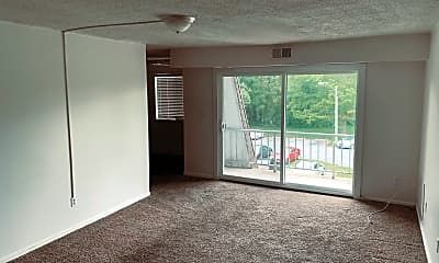 Living Room, 36 Courtside Dr A31, 2