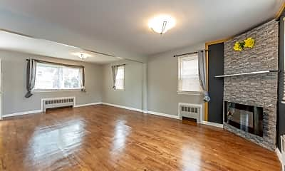 Living Room, 47 W Stearns St, 1