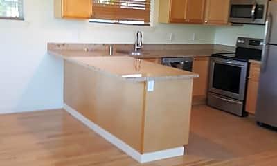 Kitchen, 3302 Claremont Ave S, 1