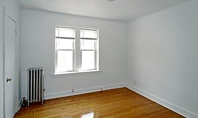 Bedroom, 5800 W Iowa St, 2