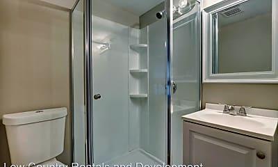 Bathroom, 1205 E 40th St, 1