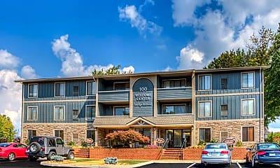 Building, Foxridge Apartment Homes, 1