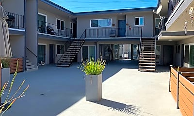 Building, 23906 Ocean Ave, 2