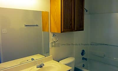 Bathroom, 705 Taurus Dr, 2