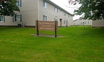 Cobblestone Circle Apartments, 1