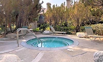 Pool, 2514 W MacArthur Blvd, 2