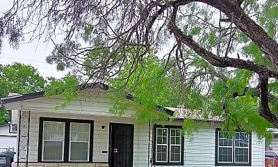 Building, 331 Como, 0
