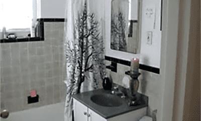 Bathroom, 73 Norwood Ave, 1