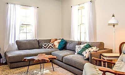 Living Room, 225 W 400 N, 1