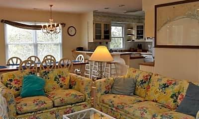 Living Room, 101 Wyndward Ct, 1
