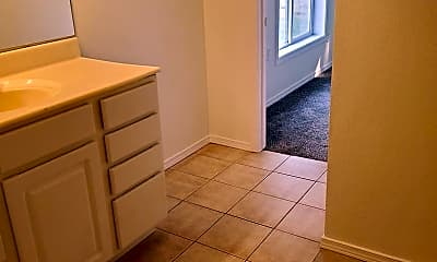 Bathroom, 13392 N Frontage Rd, 2