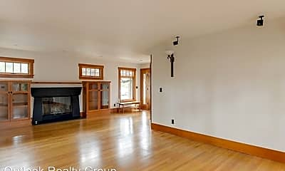 Living Room, 393 Maclane St, 1