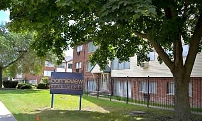 Bonnieview Apartments, 2