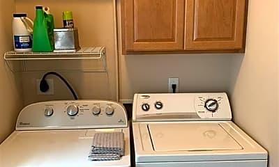 Kitchen, 305 Holleman Dr 1403, 2