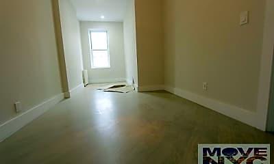 Living Room, 473 Tompkins Ave, 1