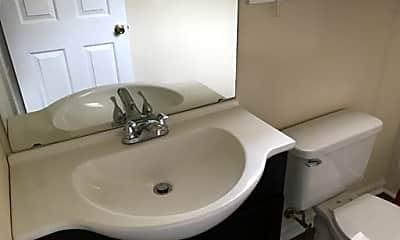 Bathroom, 482 Wallingford Cir, 2