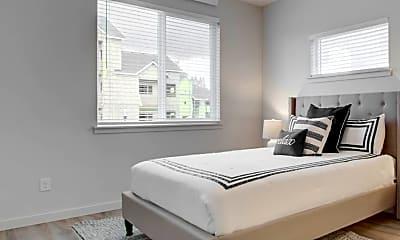 Bedroom, Latitude 45, 1
