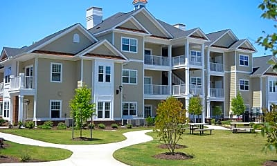 Building, Fenwyck Manor Apartments, 1