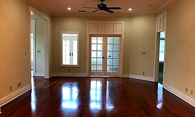 Living Room, 1501 Tin Cup Ct F101, 1